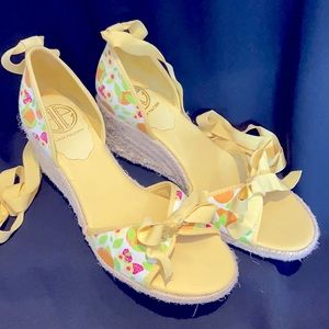 Lilly Pulitzer White Fresh Fruity Wedge Espadrilles Size 8